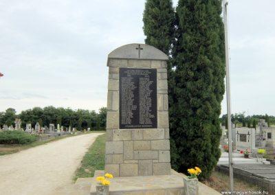 Gógánfa világháborús emlékmű 2015.07.27. küldő-Méri (3)