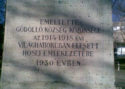 Gödöllő I.vh emlékmű 2009.12.28. küldő-Huszár Peti (4)