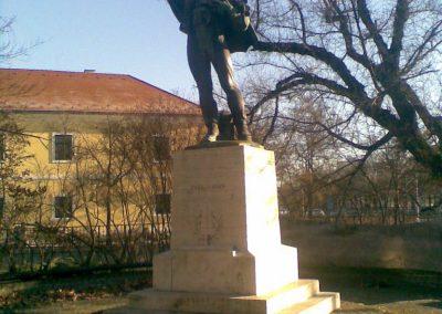 Gödöllő I.vh emlékmű 2009.12.28. küldő-Huszár Peti