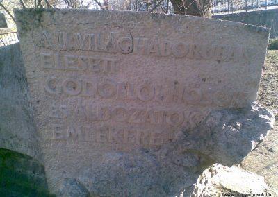 Gödöllő II.vh emlékmű 2009.12.28. küldő-Huszár Peti (1)