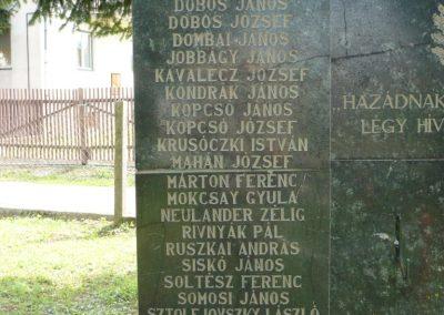 Göncruszka világháborús emlékmű 2012.07.17. küldő-Sümec (4)