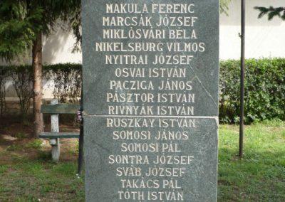Göncruszka világháborús emlékmű 2012.07.17. küldő-Sümec (7)
