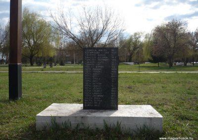 Gúta II.vh emlékmű 2010.03.27. küldő-Felvidéki betyár (5)