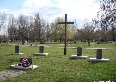 Gúta II.vh emlékmű 2010.03.27. küldő-Felvidéki betyár (6)