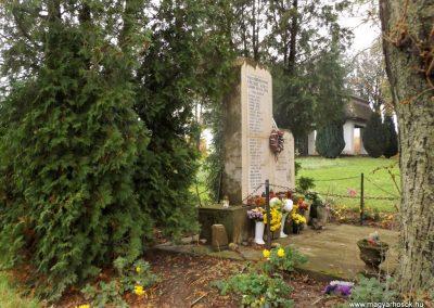 Gadány II. világháborús emlékmű 2014.10.25. küldő-kalyhas (5)