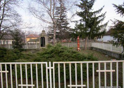 Gagybátor világháborús emlékmű 2014.02.15. küldő-kalyhas (8)