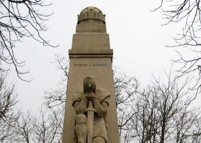 Galgamácsa világháborús emlékmű 2009.02.10. küldő-kalyhas (2)