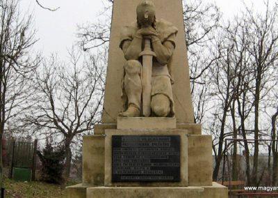 Galgamácsa világháborús emlékmű 2009.02.10. küldő-kalyhas (3)