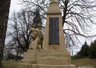 Galgamácsa világháborús emlékmű 2009.02.10. küldő-kalyhas (4)
