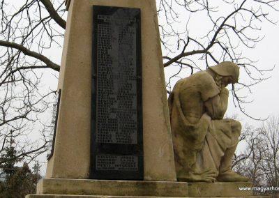Galgamácsa világháborús emlékmű 2009.02.10. küldő-kalyhas (9)