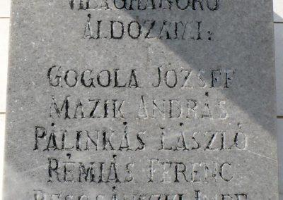 Galvács világháborús emlékmű 2010.08.14. küldő-Gombóc Arthur (4)