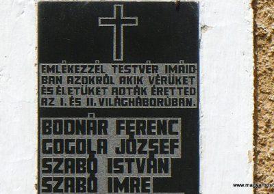 Galvács világháborús emléktábla a RK templom falán 2010.08.14. küldő-Gombóc Arthur (1)