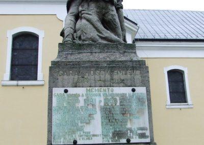 Gara világháborús emlékmű 2007.12.08.küldő-Markó Péter (1)