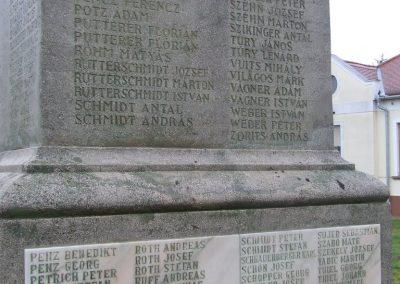 Gara világháborús emlékmű 2007.12.08.küldő-Markó Péter (5)