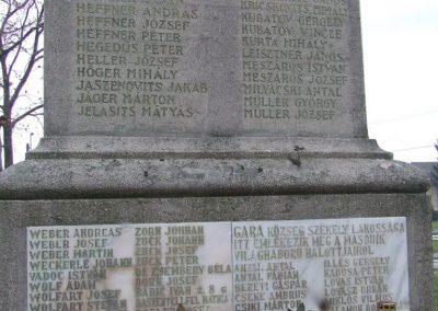 Gara világháborús emlékmű 2007.12.08.küldő-Markó Péter (6)