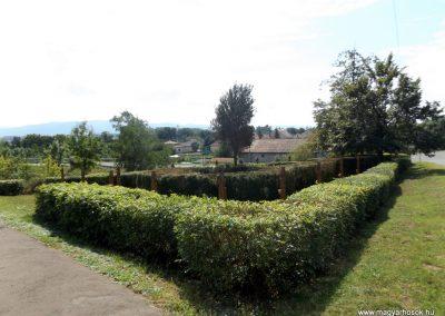 Garadna I. világháborús emlékpark 2015.08.23. küldő-kalyhas (17)