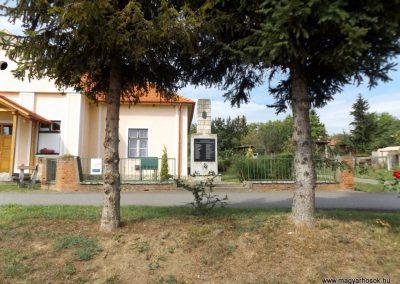Garadna II. világháborús emlékmű 2015.08.23. küldő-kalyhas