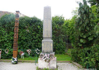 Garamszentgyörgy világháborús emlékművek 2010.06.20. küldő-Fűri Attila (1)-1