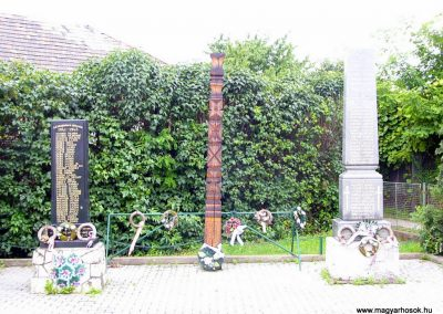 Garamszentgyörgy világháborús emlékművek 2010.06.20. küldő-Fűri Attila-1