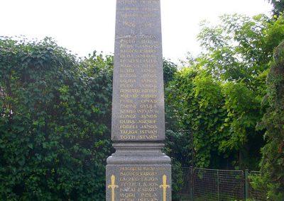 Garamszentgyörgy világháborús emlékművek 2010.06.20. küldő-Fűri Attila (2)-1