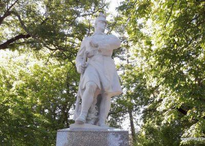 Gavavencsello_ Gava felújított I. világháborús emlékmű 2018.11.12. küldő-Eszterhai Zsuzsa (1)