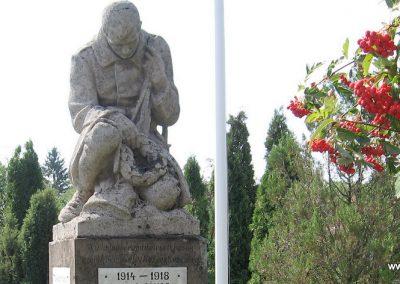 Gelej világháborús emlékművek 2007.08.23. küldő-Kályhás (2)