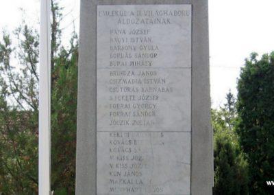 Gelej világháborús emlékművek 2007.08.23. küldő-Kályhás (7)