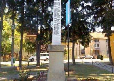 Gelence hősi emlékmű 2016.07.14. küldő-kalyhas (10)