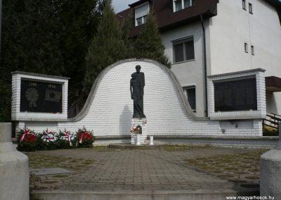 Gellénháza Hősi emlékmű 2009.03.25.küldő-sümec