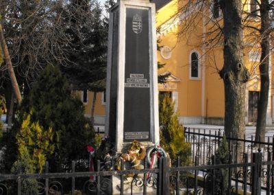 Gencsapáti világháborús emlékmű 2009.01.16.küldő-gyurkusz
