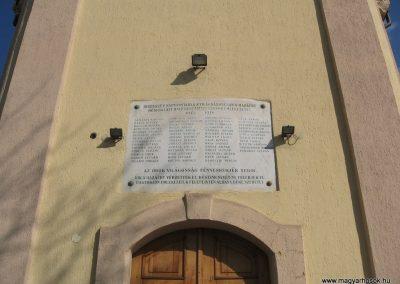 Gesztely I.vh emléktábla a róm.kat. templom falán 2009.03.21.küldő-kalyhas (1)