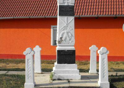 Gilvánfa világháborús emlékmű 2012.08.01. küldő-KRySZ (1)
