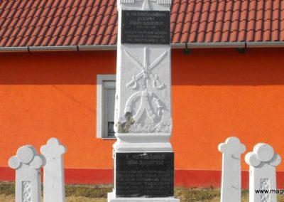 Gilvánfa világháborús emlékmű 2012.08.01. küldő-KRySZ (4)
