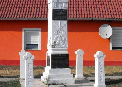 Gilvánfa világháborús emlékmű 2012.08.01. küldő-KRySZ (6)
