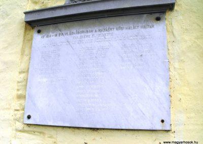 Gutaháza-Töttös-Zsennye I.vh emléktábla 2009.07.25.küldő-Papuska (2)