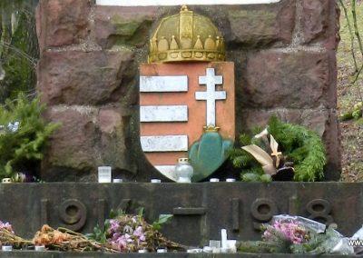 Gutorfölde világháborús emlékmű 2017.12.01. küldő-Huber Csabáné (2)