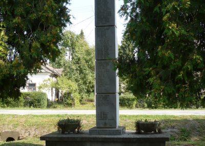 Gyékényes II.vh emlékmű 2009.09.15. küldő-Sümec