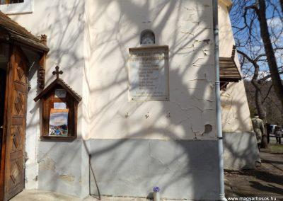 Gyöngyös-Mátrafüred világháborús emléktáblák 2015.04.05. küldő-kalyhas (1)