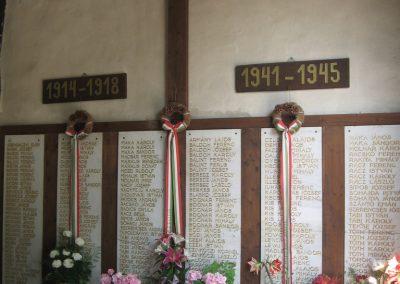 Gyöngyöspata világháborús emlékhely a templomban 2009.05.10.küldő-kalyhas