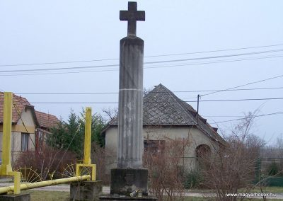 Gyúró világháborús emlékmű 2014.02.03. küldő-Horváth Zsolt (1)
