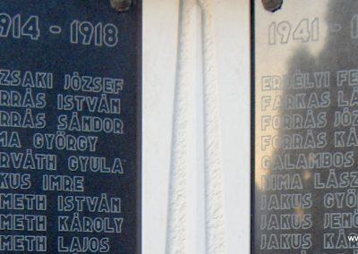 Győrújfalu világháborús emlékmű 2006.11.07. Küldő-Hege (3)