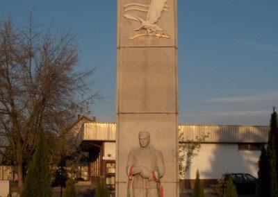 Győr-Bácsa Hősi emlékmű 2006.11.07. küldő-Hege