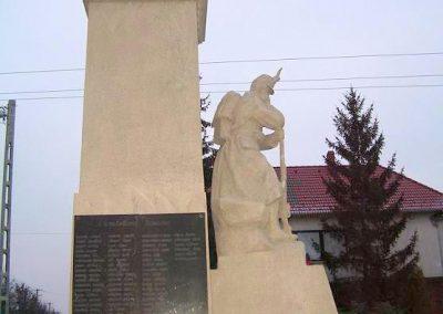 Győr-Győrszentiván világháborús emlékmű 2009.01.07.küldő-Ancsa84 (4)
