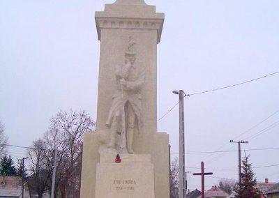 Győr-Győrszentiván világháborús emlékmű 2009.01.07.küldő-Ancsa84