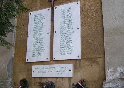 Győr-Ménfőcsanak-a csanaki II.vh-s áldozatok emléktáblái 2009.01.24.küldő-Ancsa84 (3)