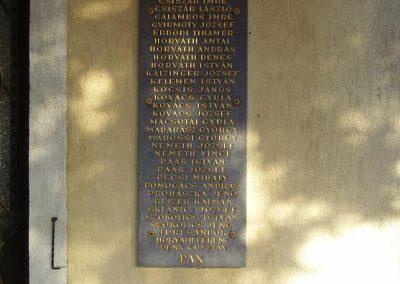 Győr-Ménfőcsanak a ménfői világháborús áldozatok emléktáblái 2009.01.24.küldő-Ancsa84 (3)