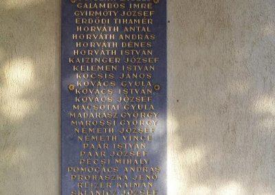 Győr-Ménfőcsanak a ménfői világháborús áldozatok emléktáblái 2009.01.24.küldő-Ancsa84 (4)