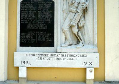 Győrszemere világháborús emléktáblák a templom falán 2010.06.07. küldő-Sümec (1)