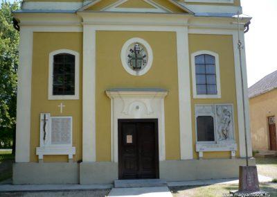 Győrszemere világháborús emléktáblák a templom falán 2010.06.07. küldő-Sümec (10)