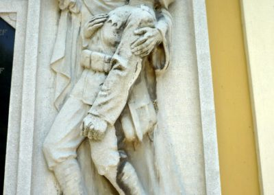 Győrszemere világháborús emléktáblák a templom falán 2010.06.07. küldő-Sümec (4)